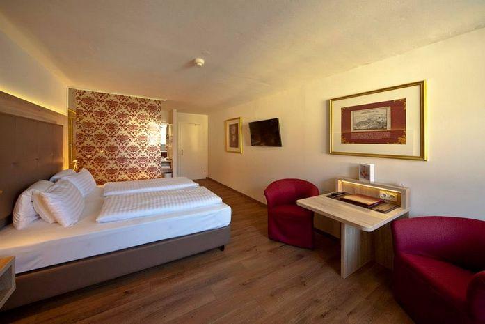 Hotel SCHLOSS MONDSEE SALZBURG LAND