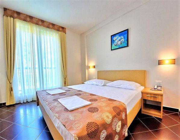 Hotel SIRENA Dalmatia Centrala
