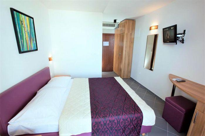 Hotel SIRENA Dalmatia Centrala CROATIA