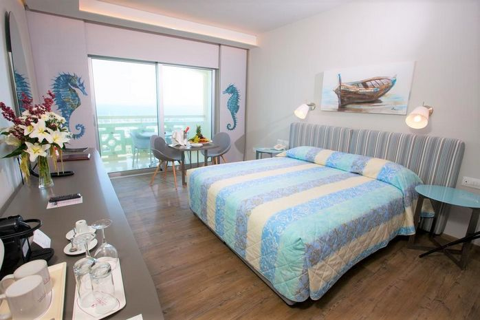 Hotel ST RAPHAEL RESORT LIMASSOL CIPRU