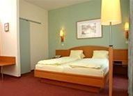 Hotel STADTHALLE
