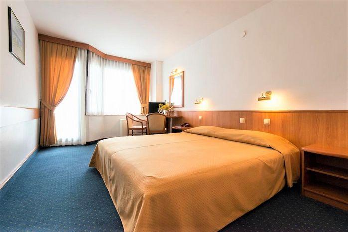 Hotel SUNCE Dalmatia Centrala CROATIA
