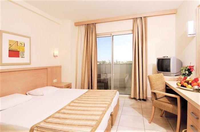 Hotel SURAL RESORT