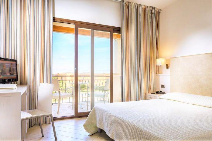 Hotel TERRA DI MARE RESORT & SPA SARDINIA