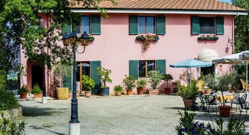 I CALANCHI COUNTRY HOTEL and RESORT