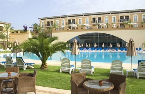 PLAYA DE PALMA SUITES AND SPA