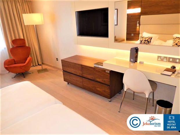 Poze Hotel AMATHUS BEACH LIMASSOL
