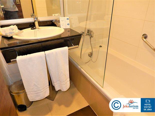 Poze Hotel AQUA AQUAMARINA & SPA Santa Susanna SPANIA