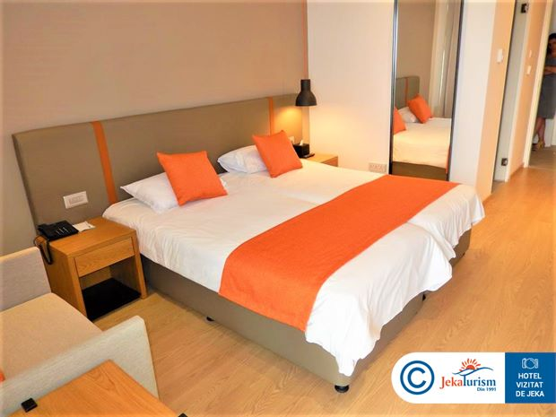 Poze Hotel CRYSTAL SPRINGS BEACH