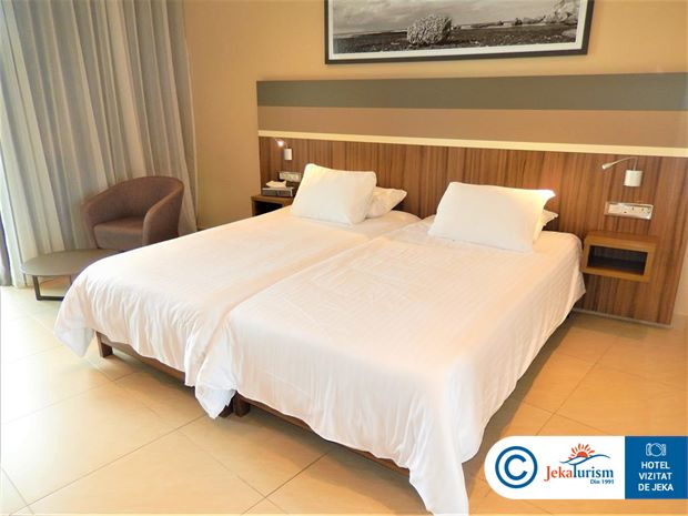 Poze Hotel DOLMEN RESORT HOTEL & SPA