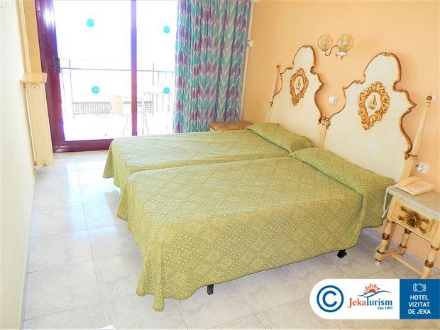 Poze Hotel CHECKIN GARBI Calella
