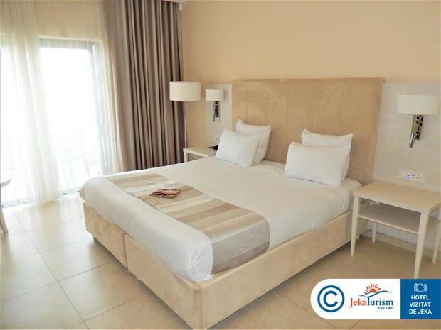 Poze Hotel MARITIM ANTONINE