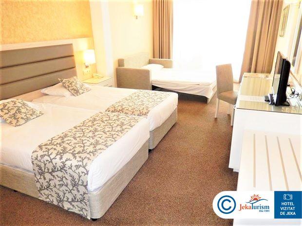 Poze Hotel RIU HELIOS PARADISE