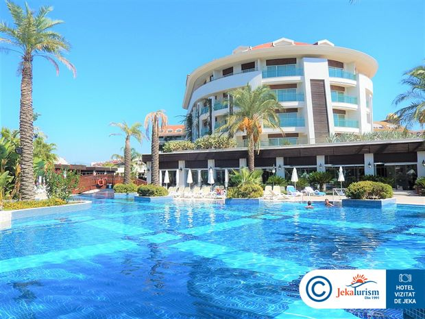 Poze Hotel SUNIS EVREN BEACH RESORT AND SPA