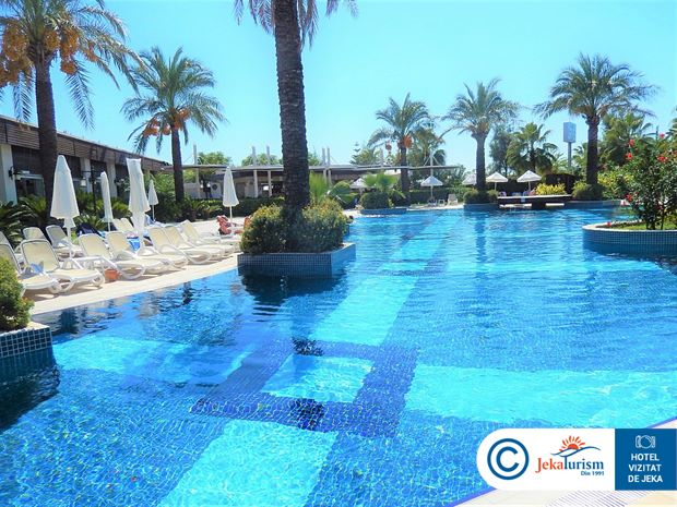 Poze SUNIS EVREN BEACH RESORT AND SPA 7