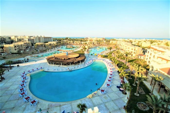 ROYAL LAGOONS AQUA PARK RESORT & SPA 8