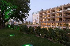 Hotel ACQUAVIVA DEL GARDA & SPA LACUL GARDA