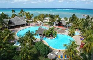 Hotel BRISAS GUARDALAVACA GUARDALAVACA