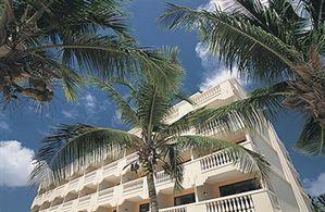 Hotel BUCUTI BEACH RESORT AND TARA BEACH SUITES EAGLE BEACH