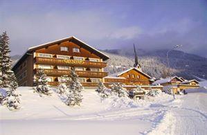 Hotel DANILO AND PIANTA  SAVOGNIN