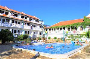 Hotel GAMARTATA DUNI