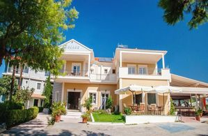 Hotel GEORGE LEFKADA