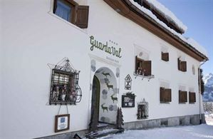 Hotel GUARDAVAL ROMANTIK BOUTIQUE SCUOL