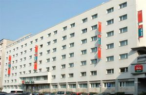 Hotel IBIS MILANO CENTRO MILANO