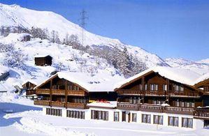 Hotel LA COLLINA GRAECHEN
