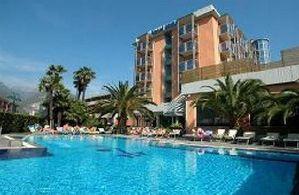 Hotel LAKE FRONT HOTEL MIRAGE LACUL GARDA