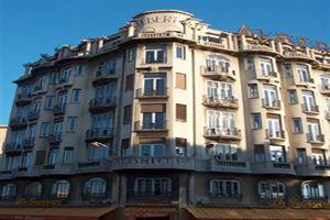 Hotel ALBERT PREMIER NISA