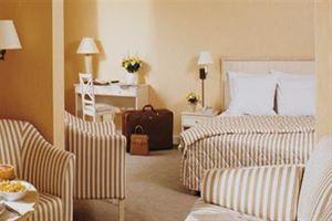 Hotel AUTEUIL TOUR EIFFEL PARIS