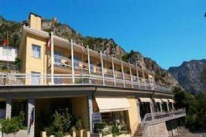 Hotel BAZZANEGA LACUL GARDA