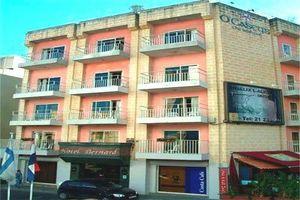 Hotel BERNARD ST JULIANS