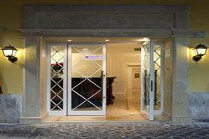 Hotel BOUTIQUE TREVI ROMA