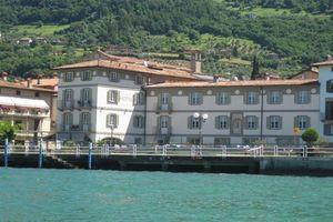 Hotel CAPOVILLA LACUL ISEO
