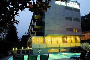 Hotel CARAVEL BIKE LACUL GARDA