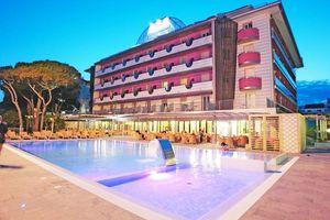 Hotel CESARE AUGUSTUS LIDO DI JESOLO