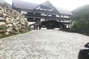 Hotel COMPLEX VRAJA MUNTELUI Moeciu