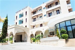 Hotel CURIUM PALACE HOTEL LIMASSOL