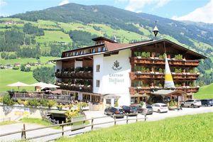 Hotel DORFLWIRT ZILLERTAL