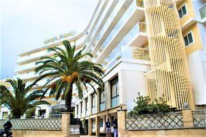 Hotel ESPLAI Calella