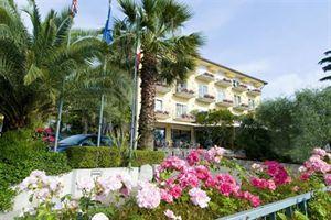 Hotel GALVANI LACUL GARDA
