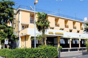 Hotel GARDESANA LACUL GARDA