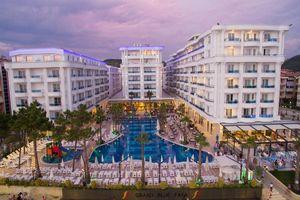 Hotel GRAND BLUE FAFA DURRES