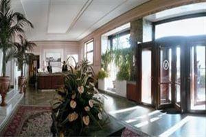 Hotel GRAND HOTEL VESUVIO NAPOLI