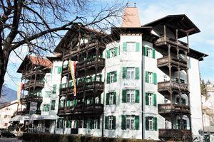 Hotel GRUNER BAUM SUDTIROL