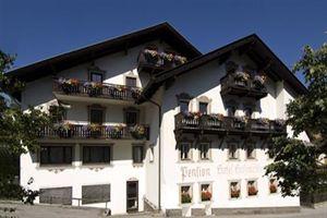 Hotel HOLZMEISTER STUBAITAL