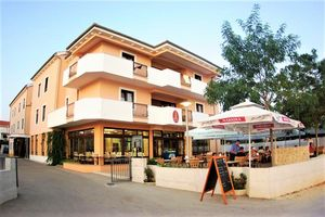 Hotel LAGUNA PRIVLAKA Dalmatia Centrala