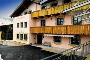 Hotel LECH PENSION CHESA ROSA VORARLBERG